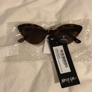 NWT Tort Cat Nasty Gal sunglasses